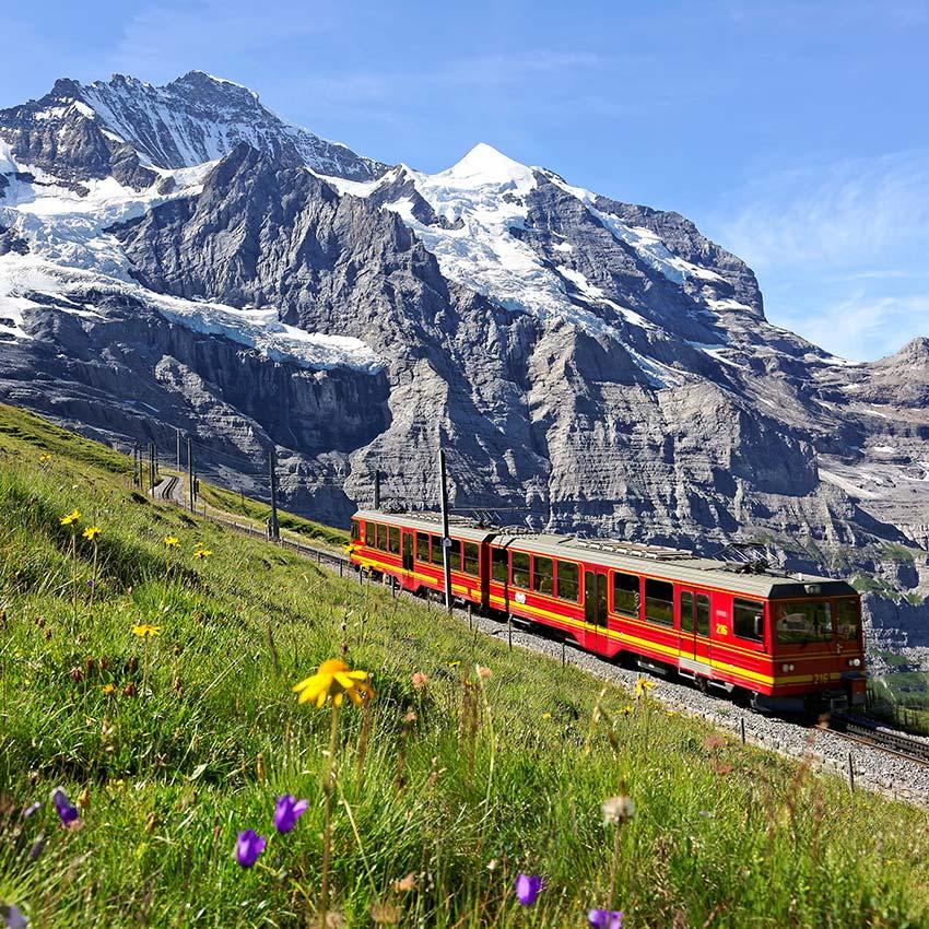 瑞士-少女峰-登山火車